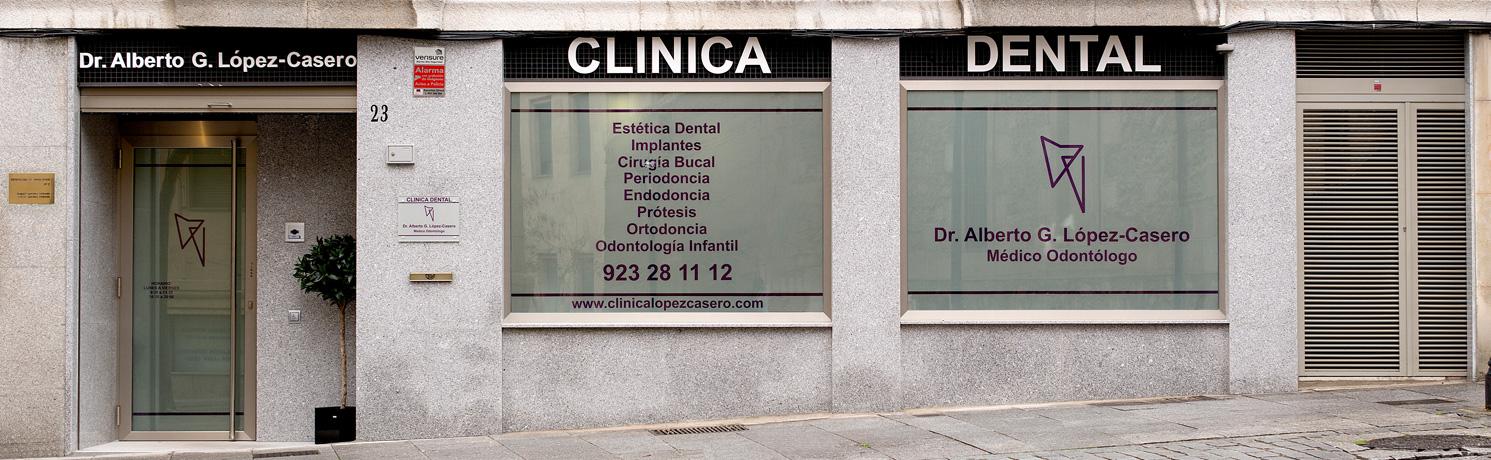 Fachada Clínica dental Dr. Alberto G. López-Casero